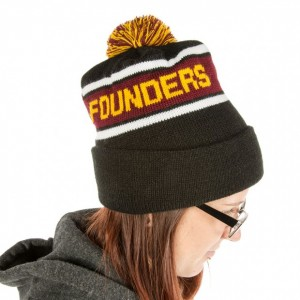 PommedBeanie_BlackRedYellow-Profile2-620x620