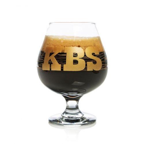 Beer glass full of Founders KBS