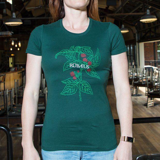 Founders Rübaeus green shirt