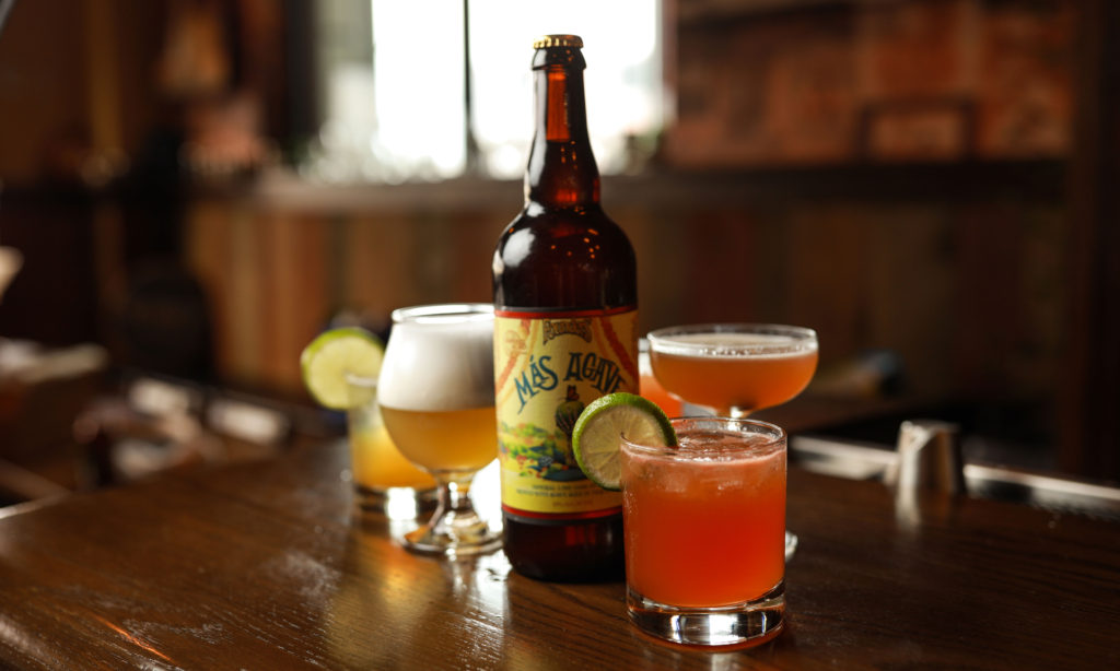 Founders Más Agave bottle and mixed drinks